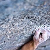 Per moltes més regletes com aquesta. Bon any 2020!! 🙌 . 📸 @joancapdevilavallve . #escalada #siurana #goma2siurana #siuranameetingpoint #cataloniaclimbs #climbing #klettern #arrampicata #grimper #rockclimbing #climbingculture #siurana_guide