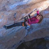 Alizée Dufraisse tornarà de nou a Siurana aquest hivern per treballar el que per ella s'ha convertit en un projecte vital, 'La Rambla' 9a+ 💪 . 📸 @jan_novak_photography . #siurana #goma2siurana #siuranameetingpoint #climbing #escalada #klettern #arrampicata #grimper #climber #climbon #climbinglife #climbingculture